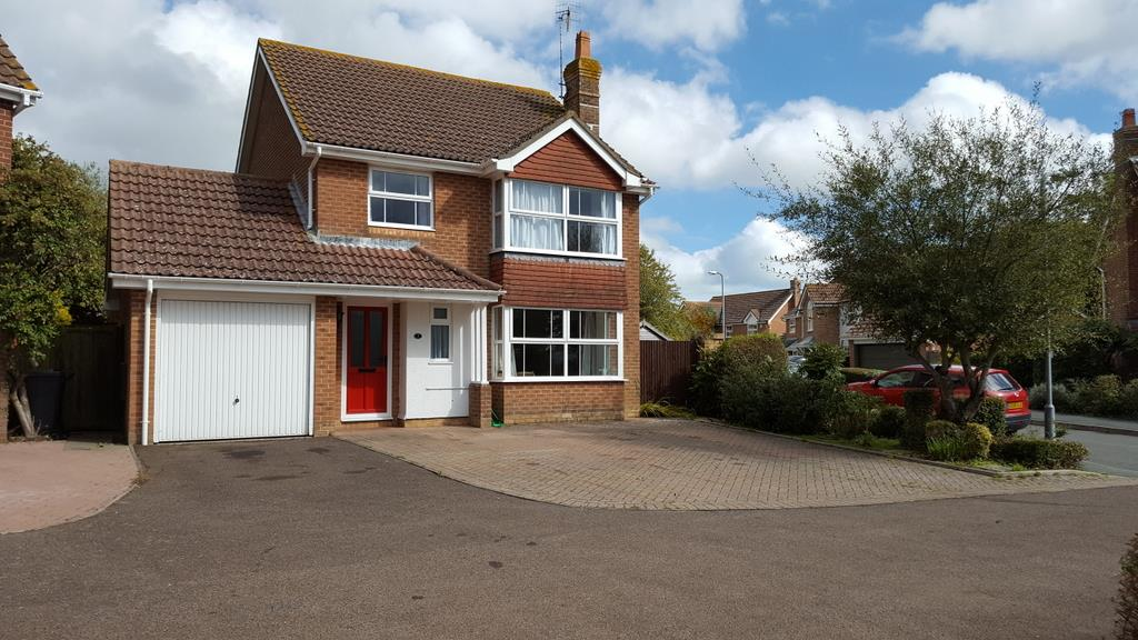 4 Bedrooms Detached House for sale in Dallaway Drive, Stone Cross, Pevensey